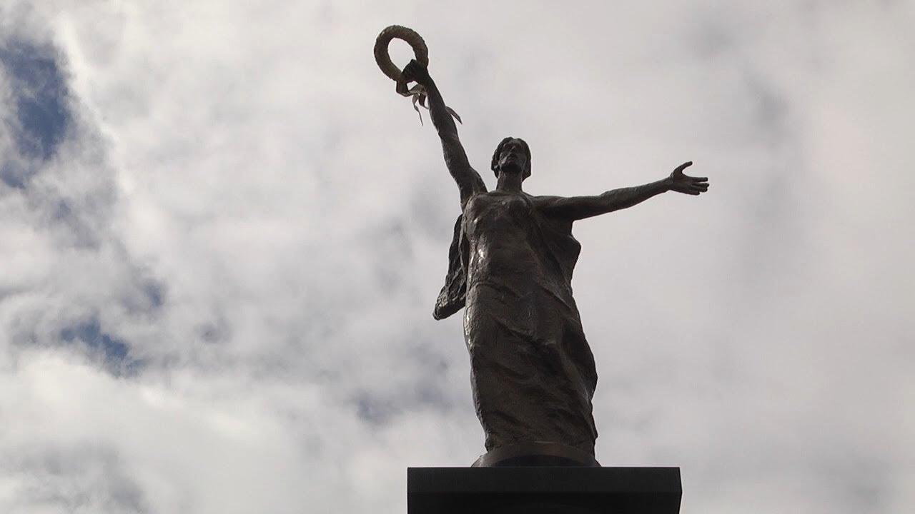 Грани памяти. История создания в Новом городе монумента в честь 50-летия Победы