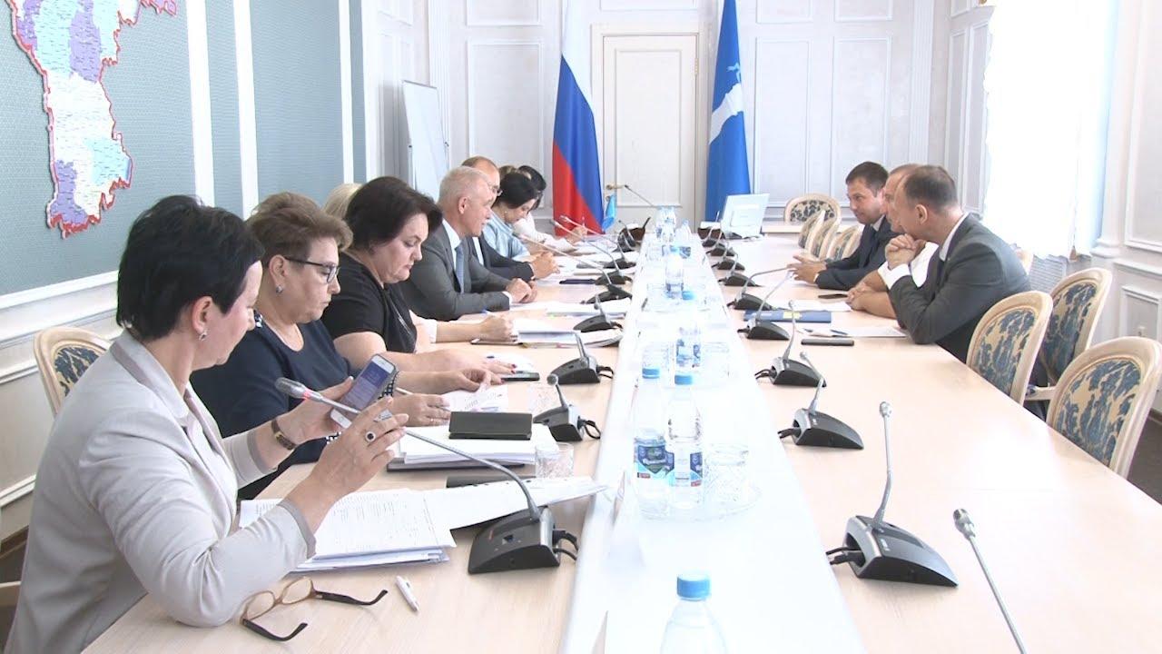 Депутаты ЗСО одобрили допрасходы на социалку