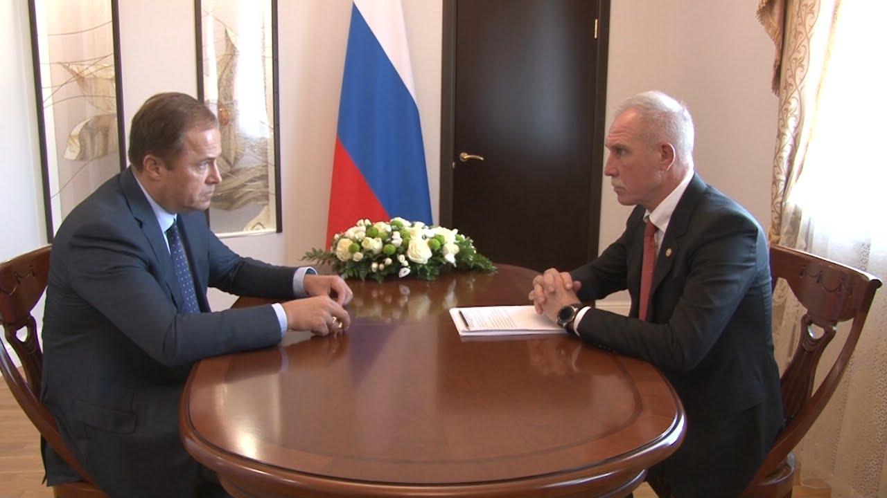 Игорь Комаров и Сергей Морозов обсудили поручения Владимира Путина