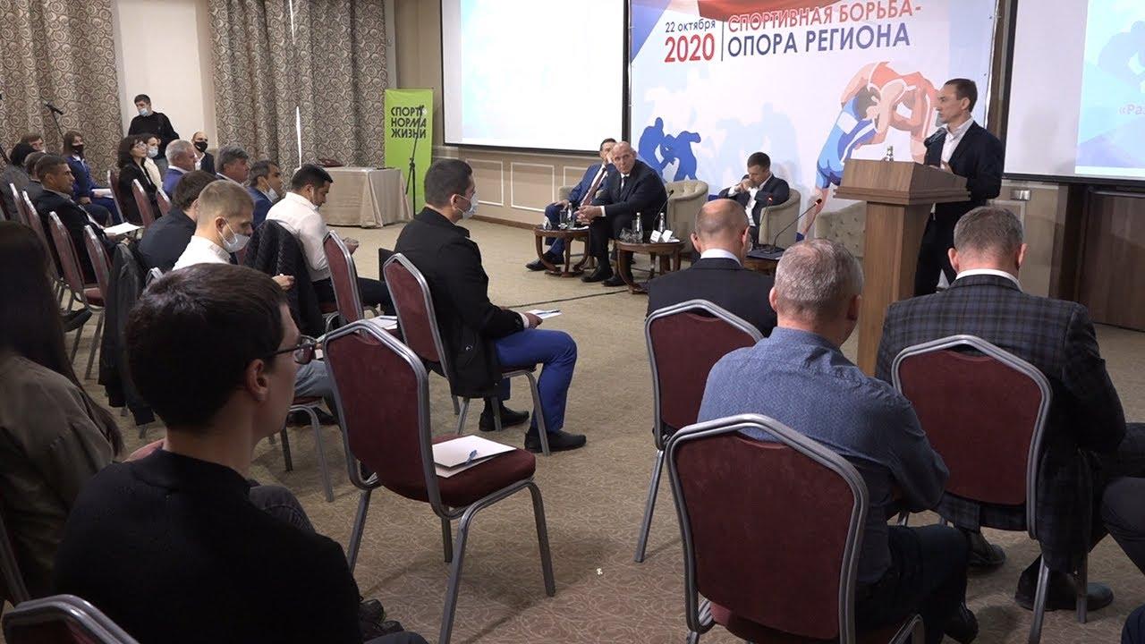 Борьба за борьбу. Ульяновск посетил Александр Карелин