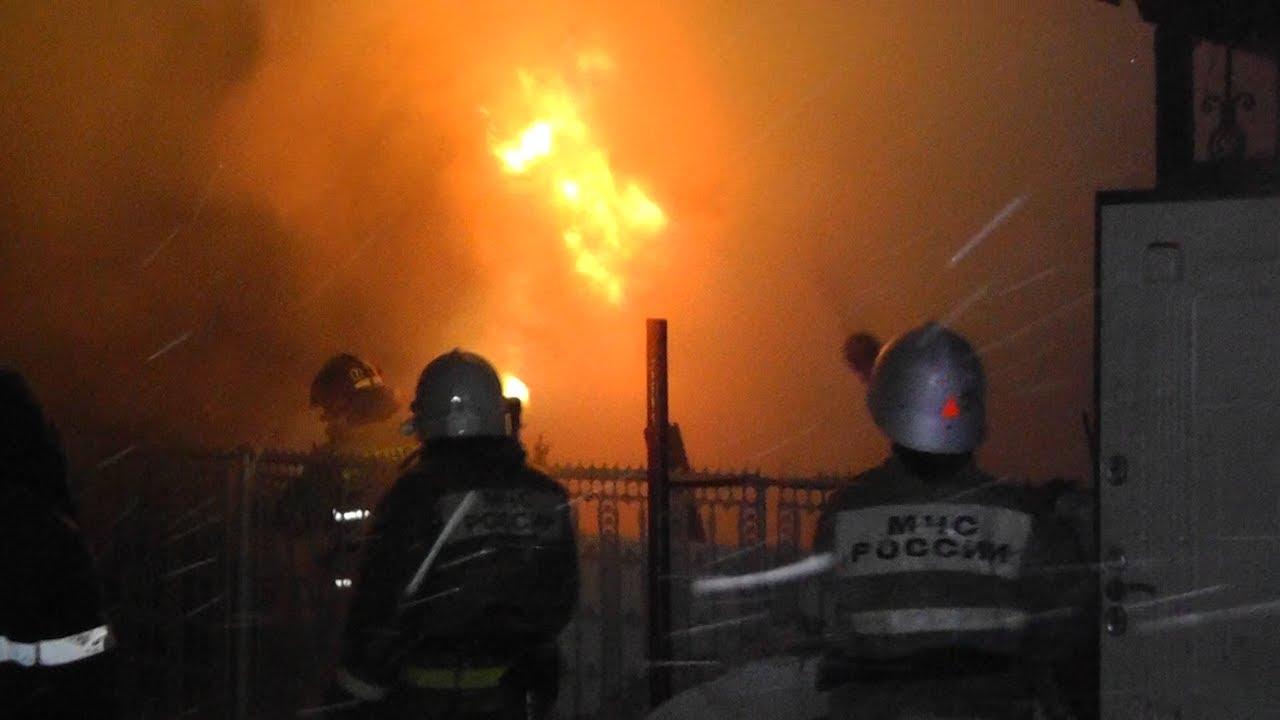 Пожар на Буинской. Чудом спаслись
