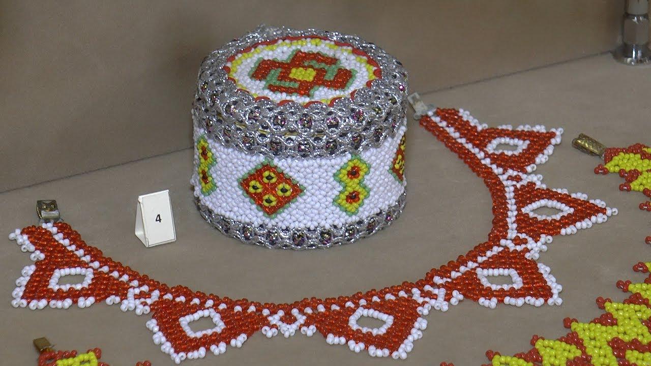 Край ста тысяч вышивок. В Ульяновске открылась выставка «Чувашская традиционная вышивка»